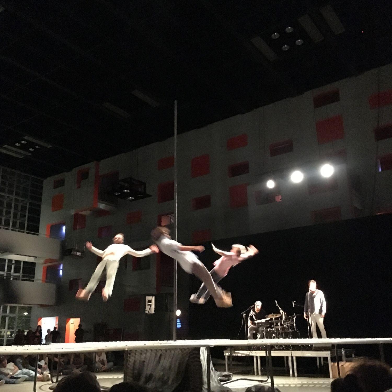 160909_accroche-coeurs_quai_acrobates_1