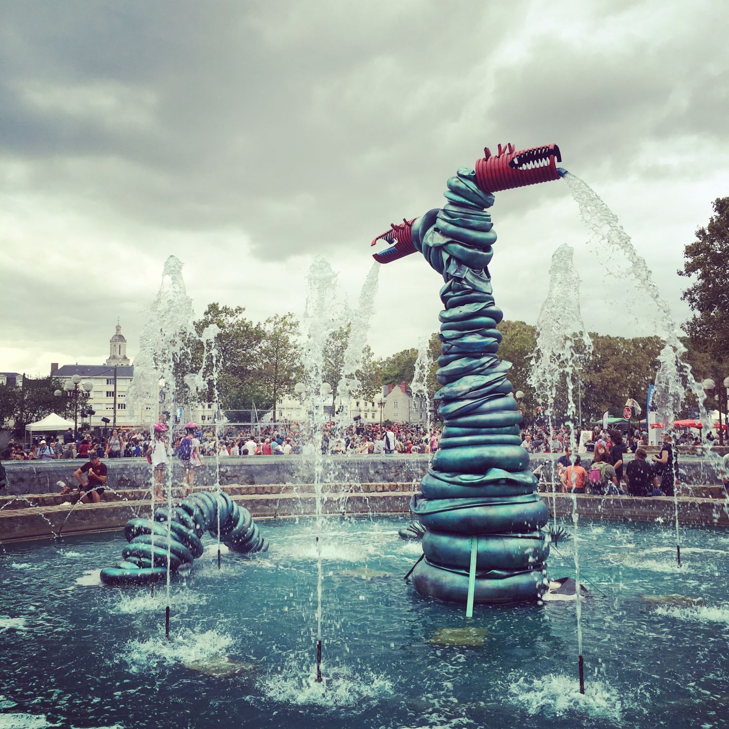 160910_accroche-coeurs_fontaine-ligny_dragon_1