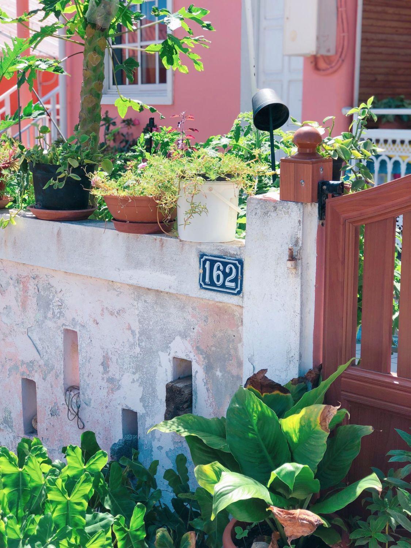 guadeloupe - les saintes - portail de maison