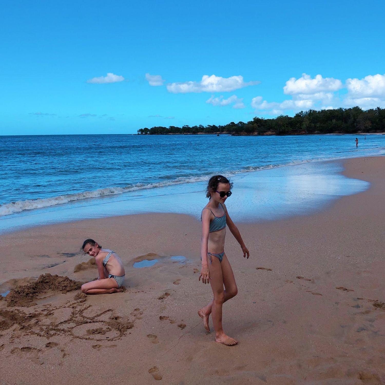guadeloupe - clugny - enfants plage