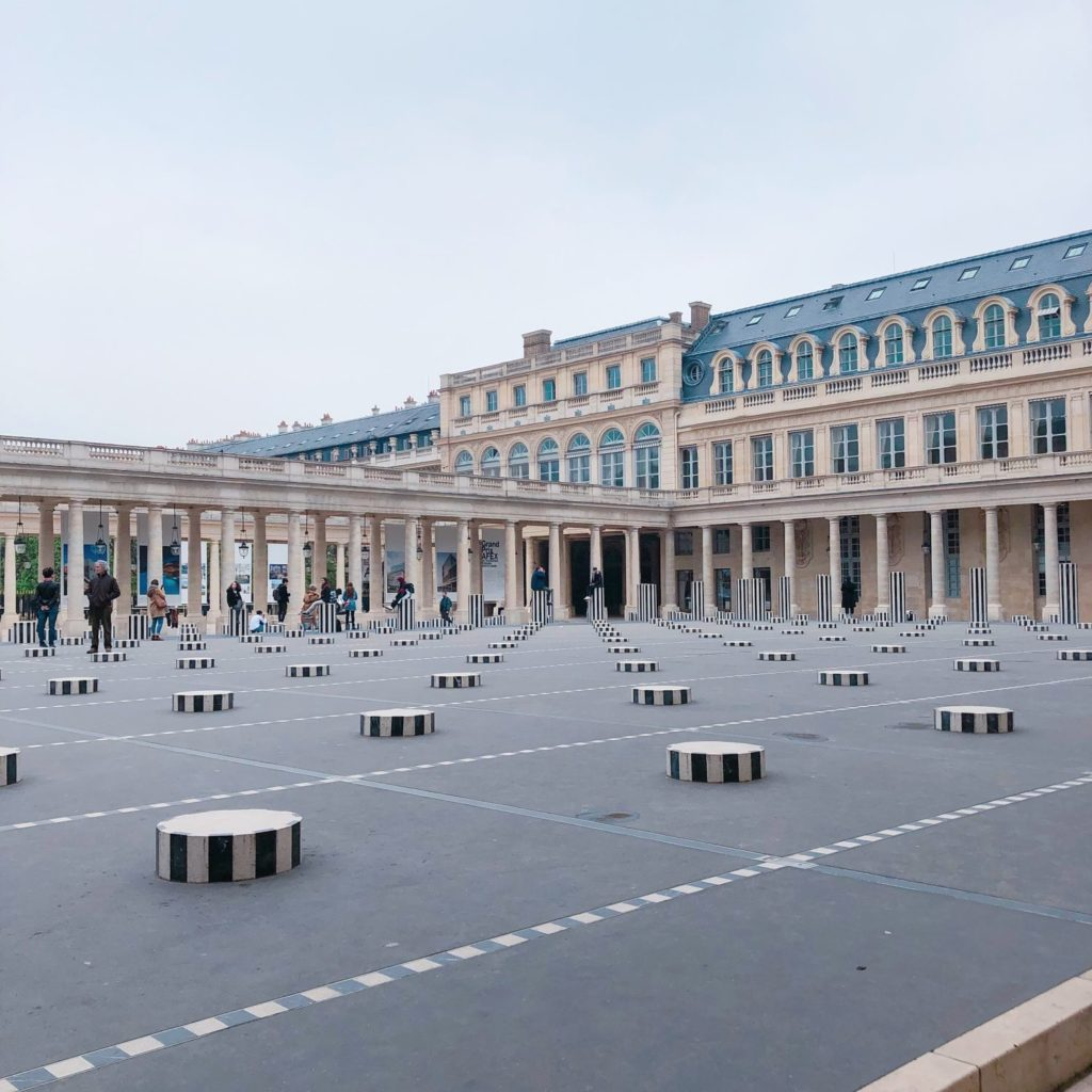 Palais Royal - colonnes de Buren - Paris